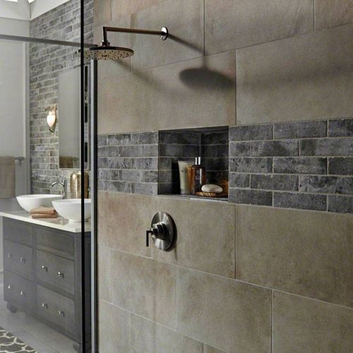 Shower with natural stone wall tile